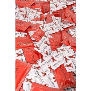 Amarelle Red, Latex, Red, Strawberry, 18 cm (7,1 in), 100 Condoms